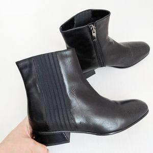 Aquatalia Black Leather Block Heel Ankle Booties 8